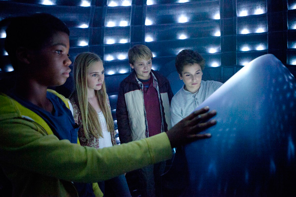 Scene from Earth to Echo. (Credit: Relativity)