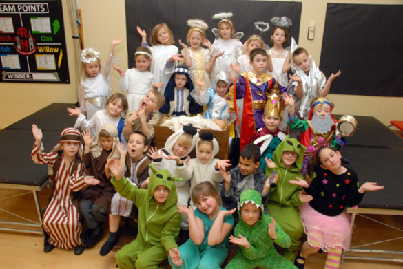 Children at William Stukeley Primary School in Spalding take a break from nativity rehearsals. (Credit: Spalding Today)