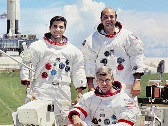Apollo_17_crew