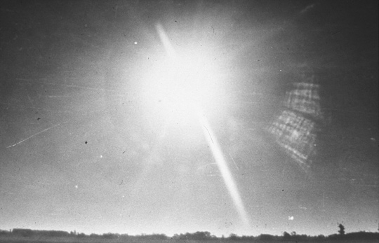 UFO photo taken by AAF Capt. Niotti in Yacanto on July 3, 1960 (image credit: A. Agostinelli)