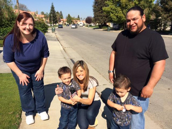 UFO witnesses Jeff and Kelly Castruita and their children with 23ABC news reporter Lindsey Adams. (Credit: Lindsey Adams/23ABC/Facebook)