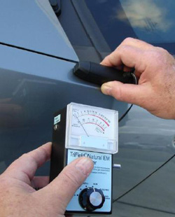 EMF test on the control vehicle show no readings. (image credit: MUFON)