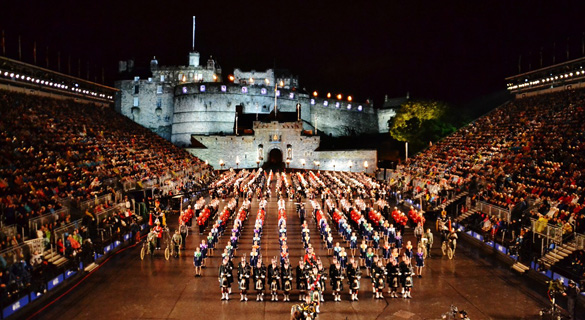 Military bands from around the world particpate in the Edinburgh Military Tattoo at Edinburgh Castle. (Credit: Moss Lufthavn Rygge)