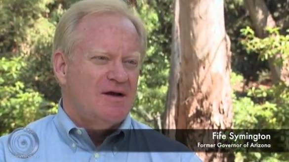 Fife Symington discussing his Phoenix Lights UFO sighting. (Courtesy: James Fox)