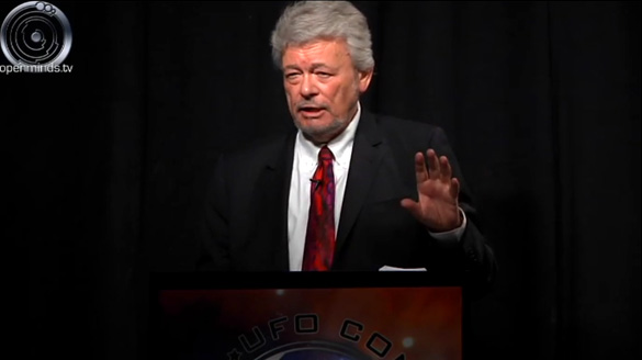 George Knapp presenting on Area 51 at the International UFO Congress. (Credit: OpenMinds.tv)