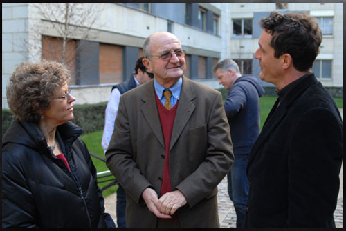 Leslie with General Letty of COMETA and James Fox in Paris, Jan 2008. (image credit: www.iknowwhatisawthemovie.com)