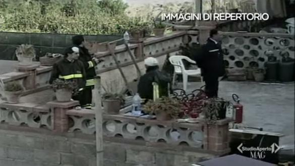 Officials at a fire in Canneto di Caronia. (Credit: Studio Aperto 1)