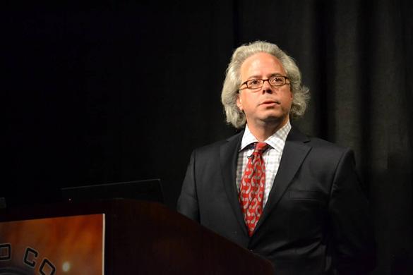 Pat Frascogna sharing information on John Burroughs case at the 2015 International UFO Congress. (Credit: Carlo Petrick)