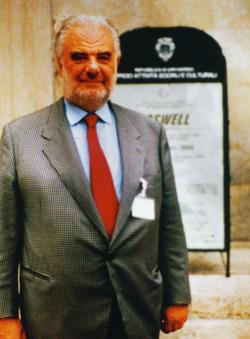 Prof. Pierluigi Baima Bollone