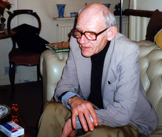 Ralph Noyes in his apartment in London in 1991