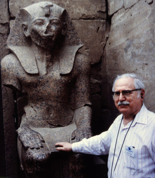 Sitchin in Egypt. (image credit: Zecharia Sitchin)