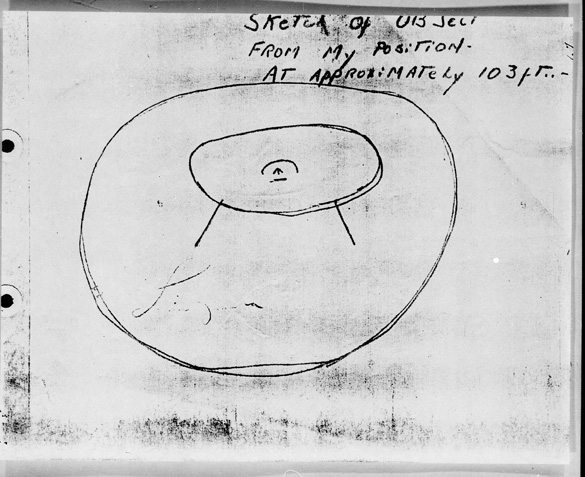 Sketch of the object and the insignia on its side. (Credit: U.S. Air Force Project Blue Book)