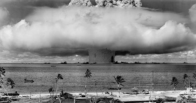 Bikini atoll nuclear test explosion