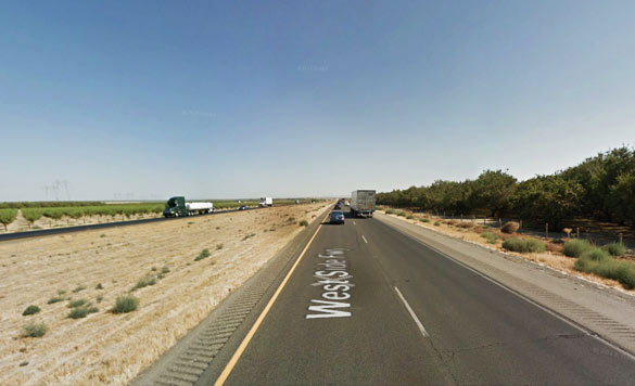 The witness saw the low flying object while driving southbound along Highway 5 near Coalinga, CA. )Credit: Google.)