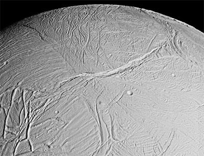 Surface of Enceladus. (Credit: NASA/JPL/Space Science Institute)