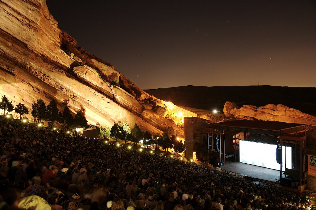 The witness reported seeing eight lights in the sky at a Red Rocks Amphitheatre concert in Morrison, CO, on January 30, 2015. The lights seemed to be attached to a single object. Pictured: Red Rocks Amphitheatre. (Credit: Wikimedia Commons)