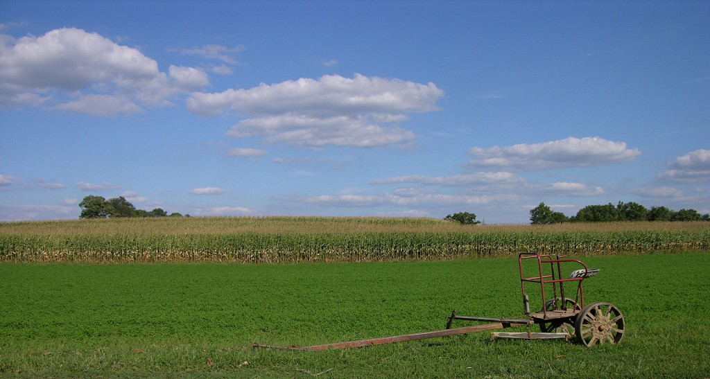 The object appeared to be 50 yards wide, just a few meters tall and hovering 2-3 miles away. Pictured: A typical Lancaster County farm with a horse-drawn farm implement and a corn field behind. (Credit: Wikimedia Commons)