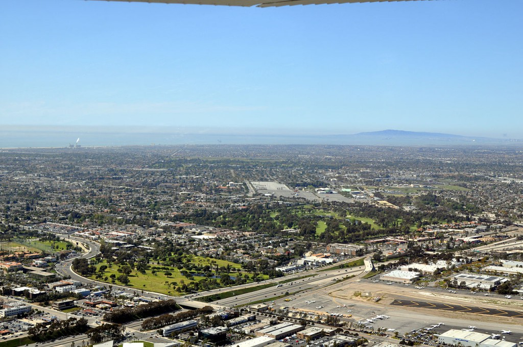Aerial view of Costa Mesa, CA. (Credit: Wikimedia Commons)