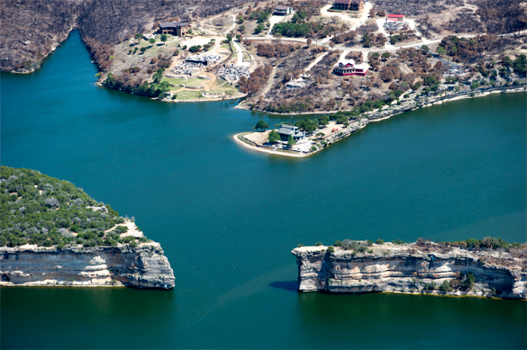 Possum Kingdom Lake after devastating wildfires in 2011. (Credit: Wikimedia Commons)