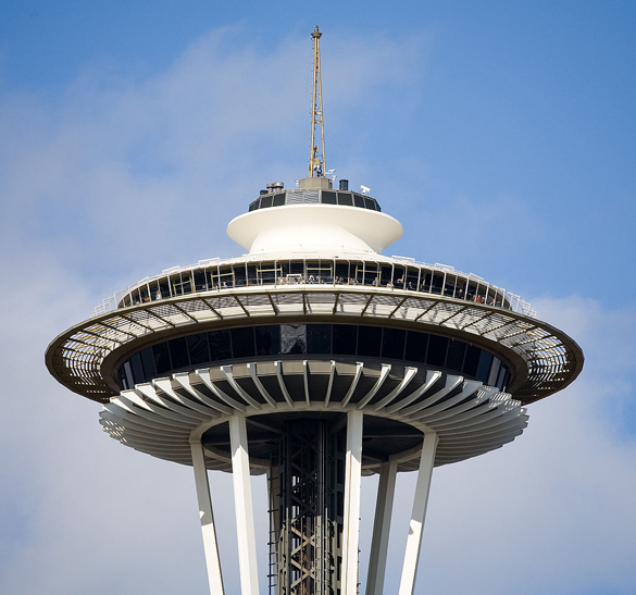 The object accelerated and de-accelerated in ways no common aircraft could maneuver. Pictured: The top portion of Seattle's Space Needle. (Credit: Wikimedia Commons)