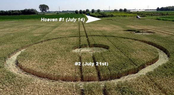New July 21st formation on the Palingstraat near Hoeven.  Arrow shows location of July 14th circles.  Photo: Roy Boschman