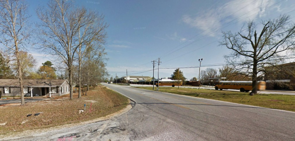 The witness in a 1999 Lee County, Alabama, case finally came forward with his account after attending the 2014 MUFON Symposium. Pictured: Lee County, Alabama. (Credit: Google)
