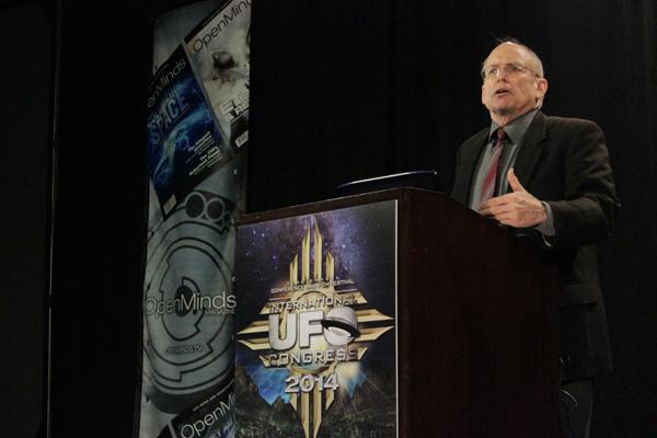 PRG director Stephen Bassett at the International UFO Congress. (Credit: Open Minds)